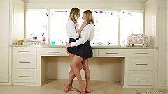 Ultra Super-hot Lesbians Kenna James and Mia Malkova