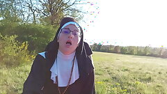 Sinful nun dilates her ass at the end of the confessional!